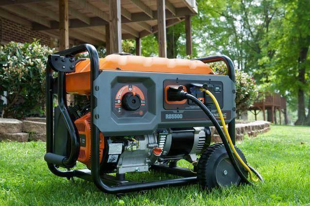 Переносные и стационарные бензиномоторные электроагрегаты, оснащенные двигателем внутреннего сгорания предназначены для осуществления автономного энегоснабжения