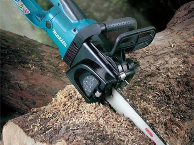 Цепная пила – полезный инструмент для распиловки различных материалов