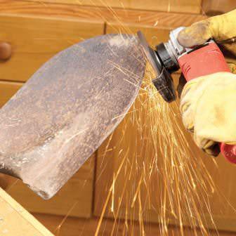 Неправильная заточка лопаты болгаркой, будьте внимательны!!!