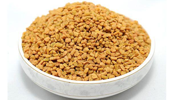 В кулинарных и лечебных целях используют семена пажитника в качестве приправы