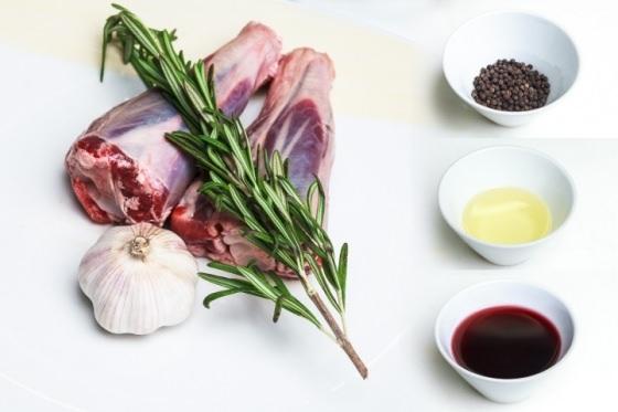 В кулинарии розмарин используется в качестве приправы