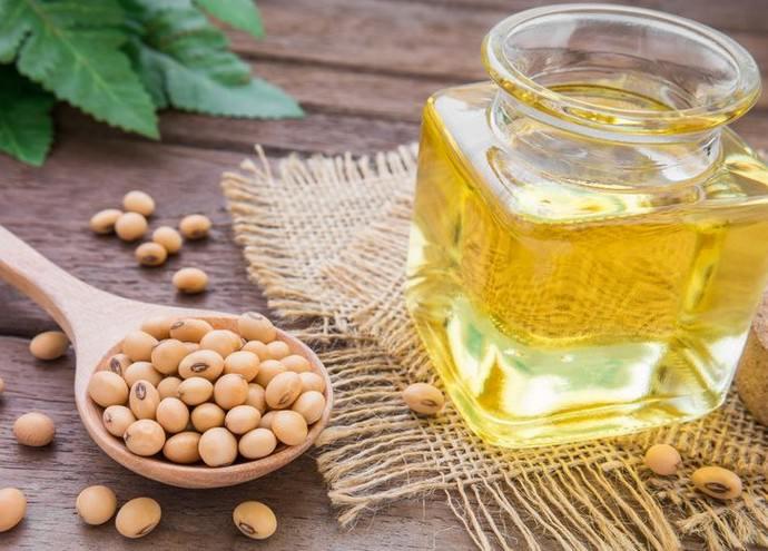 Соевое масло полезно при уходе за кожей
