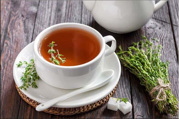 Чай из тимьяна помогает при простудных патологиях, проходит кашель, приступы удушья, сведения мышц от судорог