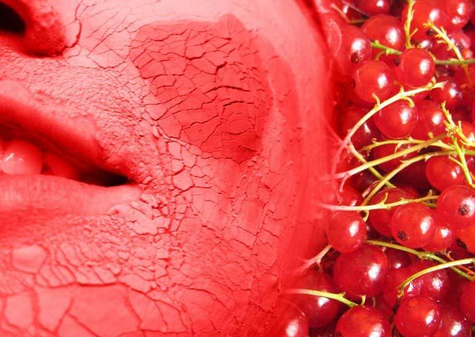 Из смородиновых ягодок готовят великолепные маски для кожи