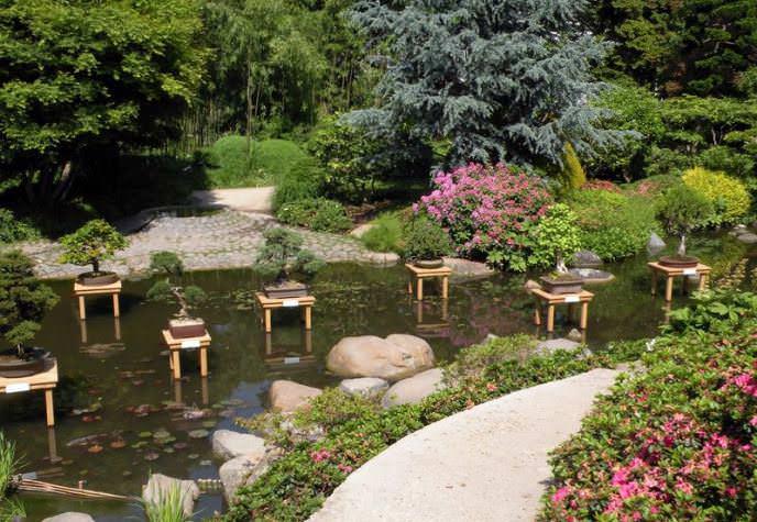Японские сады являются символом буддистской Азии