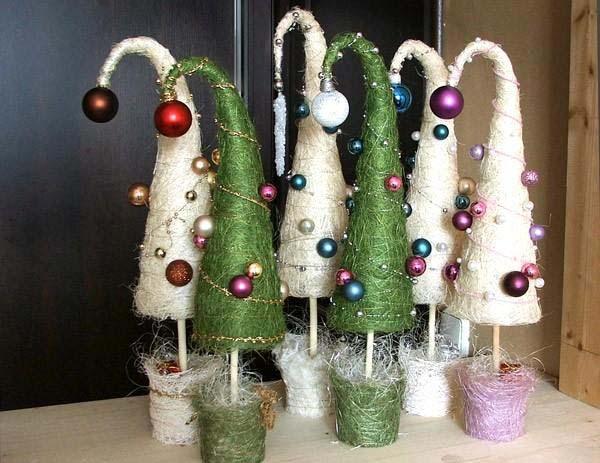 Из сизаля получаются прекрасные новогодние топиарии
