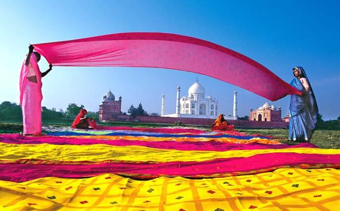 Несколько тысячелетий назад лен появился в Индии, став основой для ткани