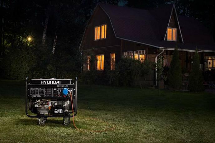 На сегодняшний день резервное электроснабжение является одним из наиболее удачных вариантов повышения комфортности проживания загородом
