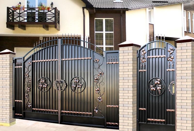 Секрет состоит в наборе отдельных элементов, необходимых для самостоятельного изготовления ворот