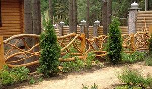Красивые деревянные заборы