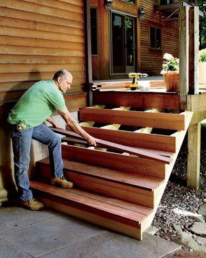 Монтирование ступеней лестницы