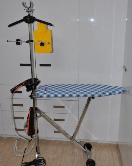 Отпариватель для штор паровой утюг с гладильной доской MIE Compatto