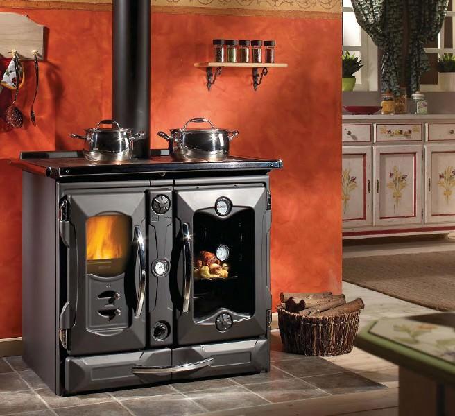 Печки для дачи дровяные длительного горения нагревают воздух за счет тепла, выделяемого при сгорании дров