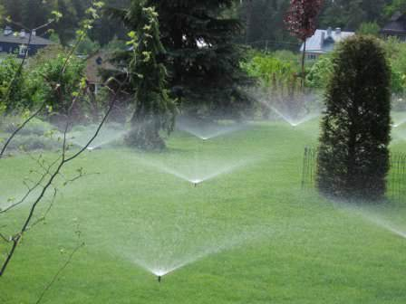 Правильный полив газонов с использованием автоматических систем полива