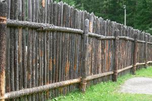 Как правильно создавать забор