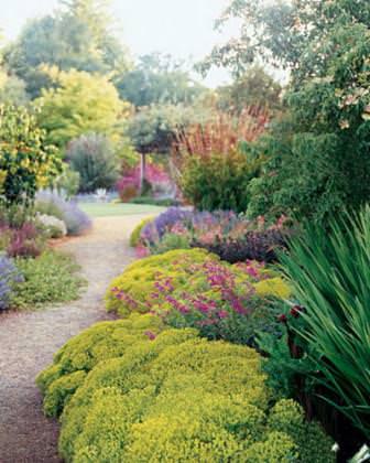 Для устройства прерийного сада необходимо довольно много места, поскольку при его создании используются высокие декоративные травы