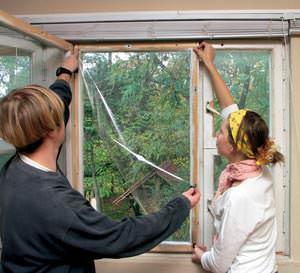 Создание качественного стеклопакета — важная часть процесса реставрации дачных окон