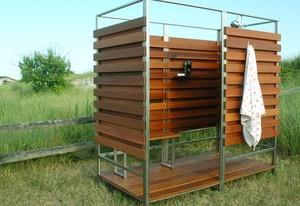 Садовый душ для дачи