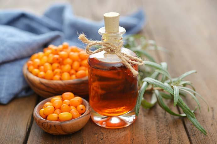 Облепиховое масло объединяет в себе ранозаживляющие, антисептические и бактерицидные свойства
