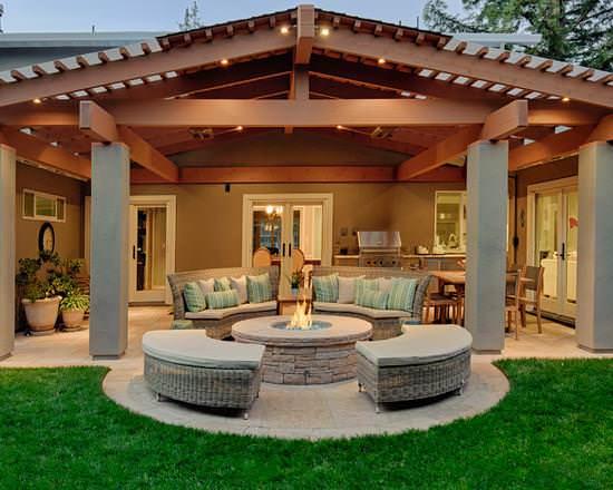 Каждый владелец загородного жилья мечтает о том, чтобы его дом украшала комфортная и стильная терраса к дому