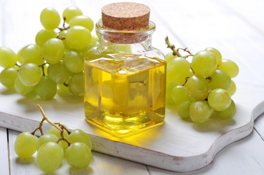 Пищевое использование масла из виноградных косточек также очень популярно как в нашей стране, так и у зарубежных потребителей