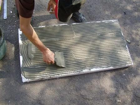 Очень важно правильно крепить пенопласт на конструкцию крыши