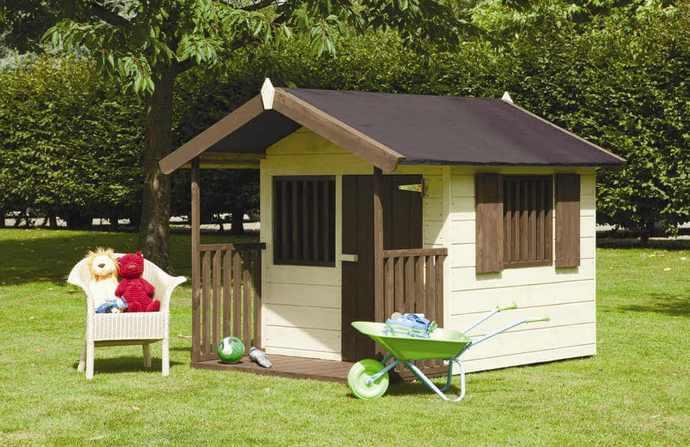 Самая популярная деталь детской площадки – это домик