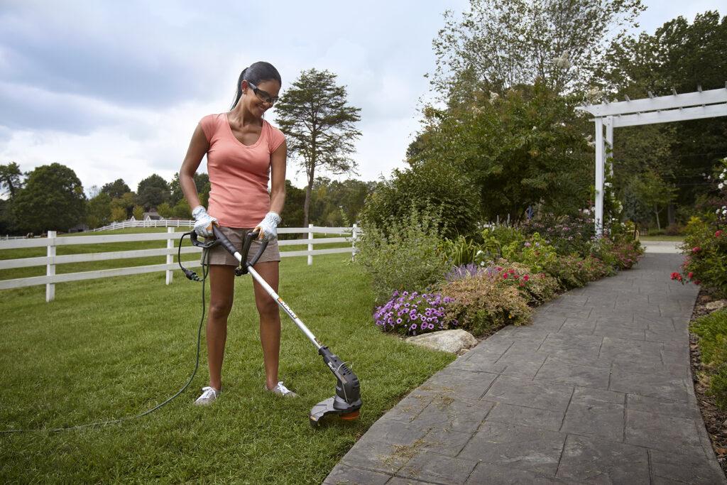 Триммер в помощь садоводу и дачнику