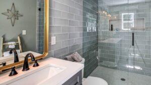 Как выложить плитку в ванной самостоятельно