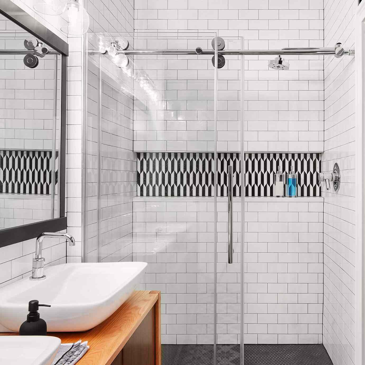 Как выложить ванну плиткой самостоятельно